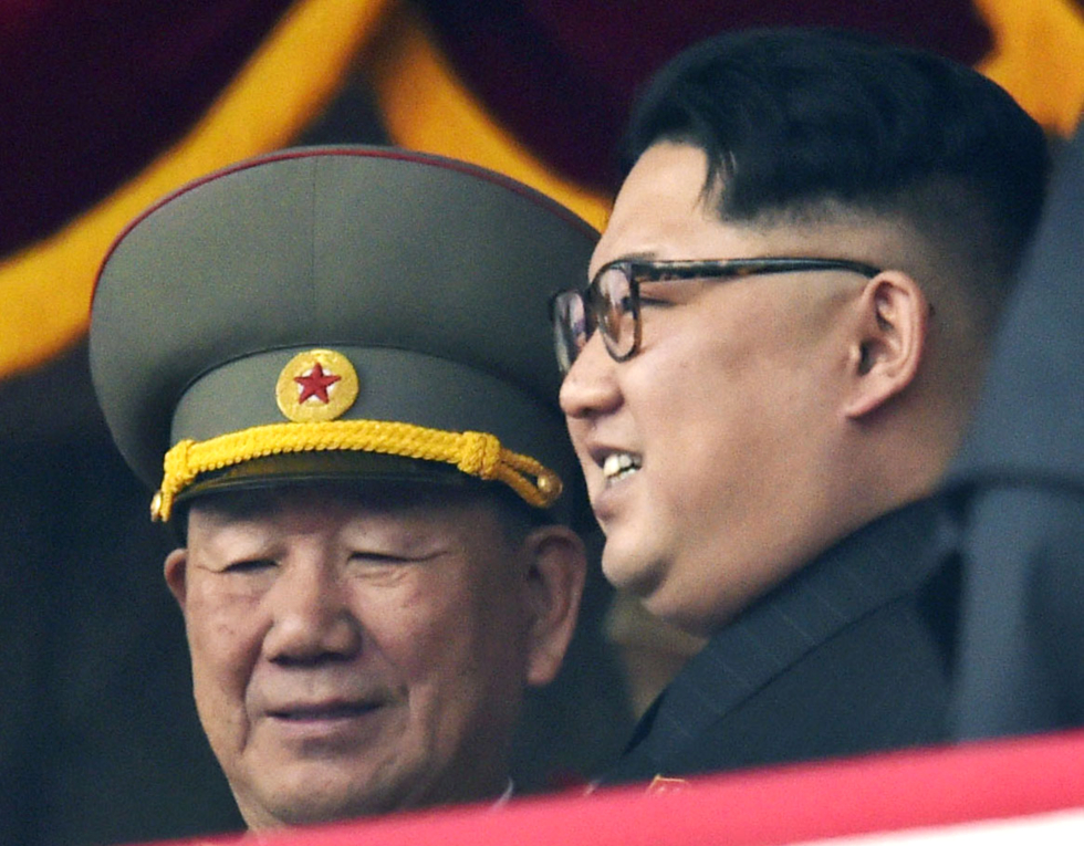 Coreea de Nord îşi distruge instalaţia de testare nucleară Punggye-ri într-o serie de explozii