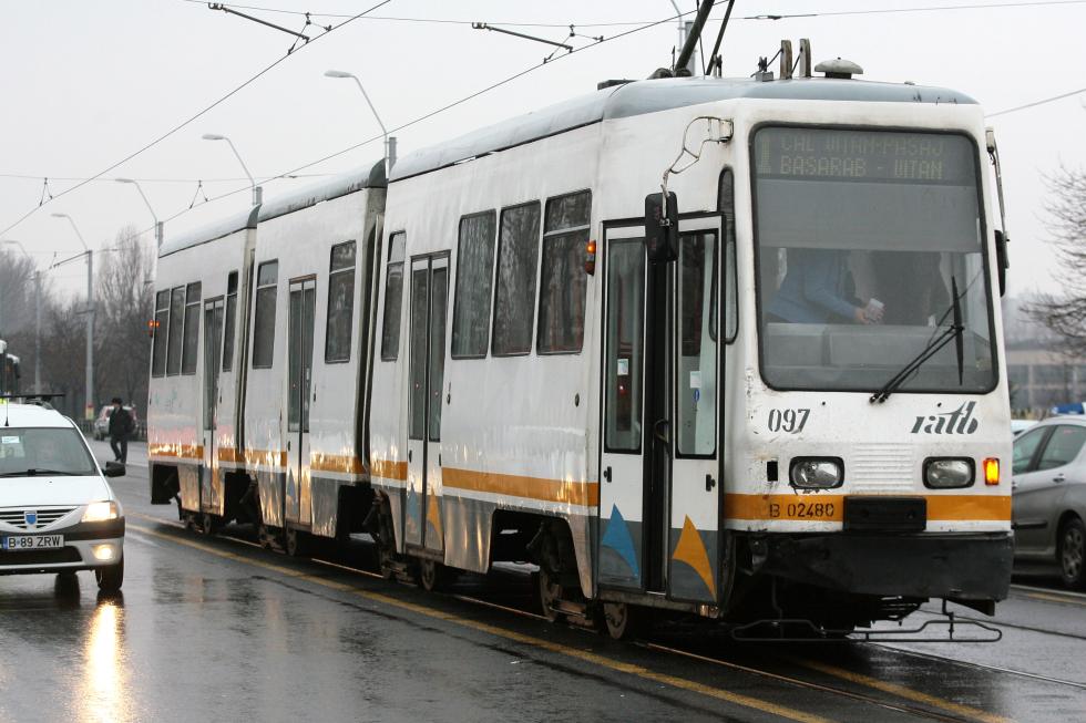S-a anulat licitația de tramvaie a STB. Lobby al producătorilor de autobuze