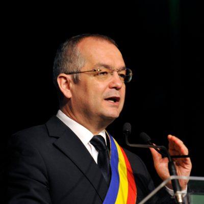 """Care sunt cele șase propuneri ale primarului Emil Boc pentru dezvoltarea României, expuse la Caravana NewMoney """"Centenar 2018"""" de la Cluj-Napoca"""