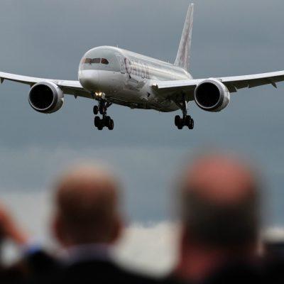 Veşti bune pentru românii din Spania. Se reintroduc zborurile către România. LISTA COMPLETĂ A CURSELOR