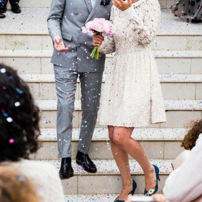 Ce amenzi riscă tinerii căsătoriți care nu declară la fisc datele celor care le-au făcut poze ori au cântat  la nuntă