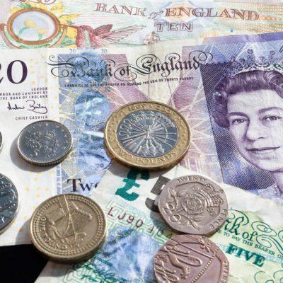 Curs valutar BNR, miercuri, 16 octombrie 2019. Euro crește, lira sterlină, la cel mai mare nivel