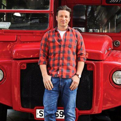 Jamie Oliver, bucătar bun, om de afaceri slab. Restaurantele lui sunt la un pas de faliment