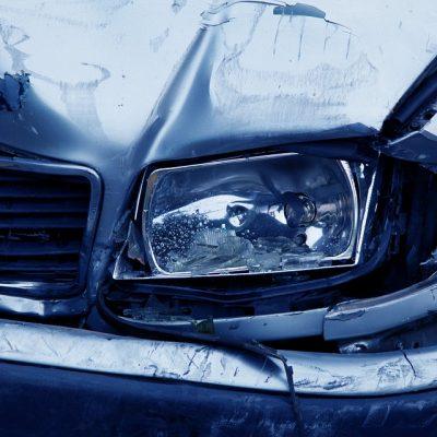 VIDEO Accident teribil, în Croația: Un BMW a intrat cu 150 km/h într-o staţie de taxare