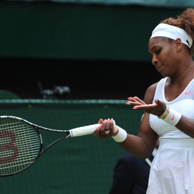 Serena Williams, amendată cu 10.000 de dolari la Wimbledon pentru că a deteriorat un teren