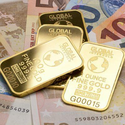Curs BNR, vineri, 7 august 2020: Euro este în urcare. Un nou record pentru aur