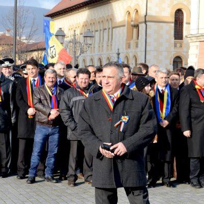 Funar candidează din nou la prezidenţiale: În România sunt metale care nu există în tabelul lui Mendeleev