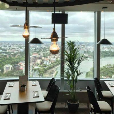 5.000 de restaurante şi-au pus scaunele pe mese. Pierderi de 1 miliard de euro pentru patroni