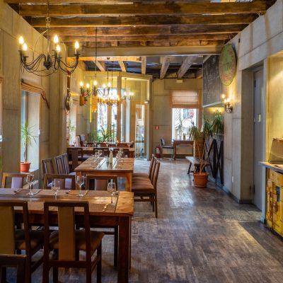 S-a deschis al doilea restaurant La Cocoșatu'