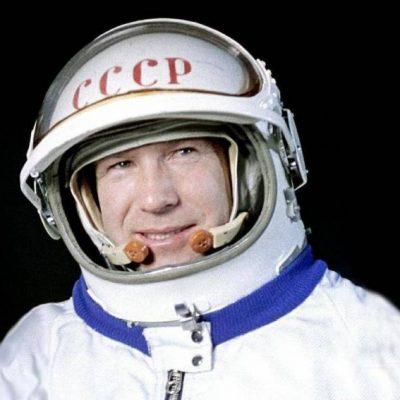 A murit Alexei Leonov, primul om care a pășit în spațiu