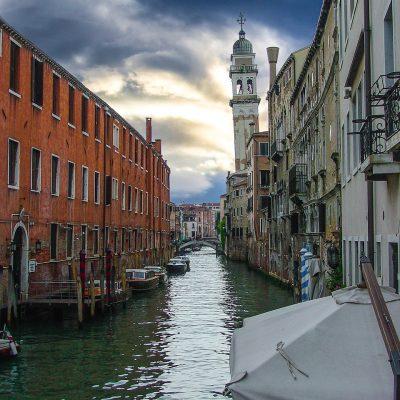 Veneţia, afectată de cea mai înaltă maree din ultimii 50 de ani. A fost declarată starea de urgenţă - VIDEO