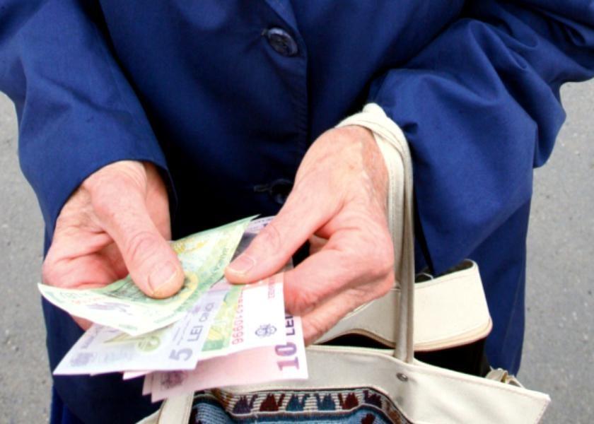 modul în care un pensionar poate face bani acasă