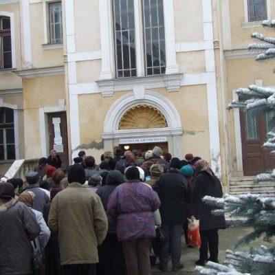 Efecte ale schimbărilor legislative. România are mai puţini asistaţi social