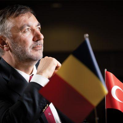 Praktiker revine pe piață. Toate detaliile într-un interviu cu antreprenorul de origine turcă Ömer Süsli, proprietarul brandului
