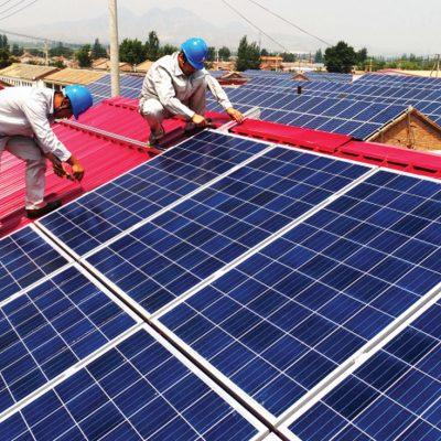 Au intrat în business cu un mic atelier de reparat telefoane mobile și acum sunt printre cei mai mari dezvoltatori de centrale fotovoltaice