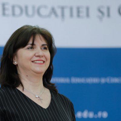 Modificări radicale în sistemul școlar. Monica Anisie anunţă şi sancţiuni