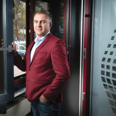 Povestea businessului inspirat din vacanțele studențești la Costinești