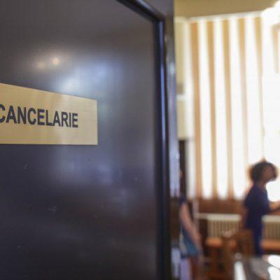 Învăţământul din Capitală, în pericol. Prefect: Doar în jur de 40% dintre profesorii din Bucureşti sunt vaccinaţi