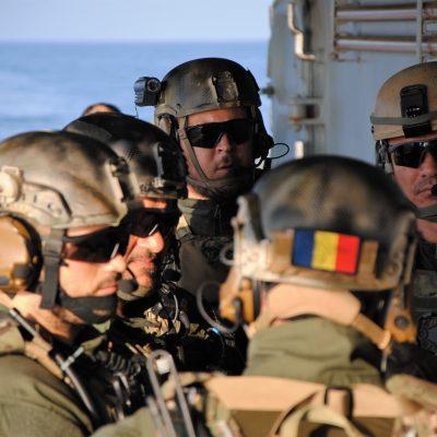 România va investi peste un miliard de euro pentru 10 programe noi de înzestrare ale Armatei