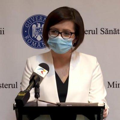 Profesorii şi medicii ar putea fi vaccinaţi obligatoriu. Mesaj voalat al ministrului Sănătăţii