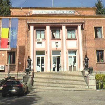 Disponibilizări în Valea Jiului. 1.500 de angajaţi de la Complexul Energetic Hunedoara vor primi câte 10.000 de euro