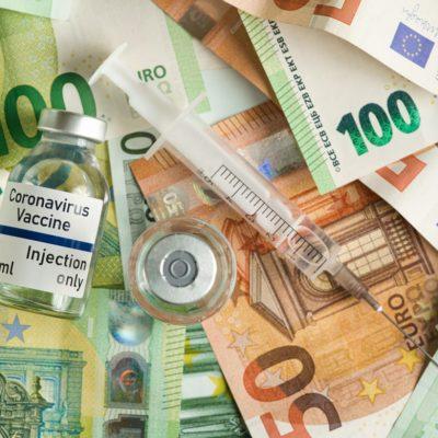 Pfizer și Moderna au scumpit vaccinurile vândute în ţările UE. Cât costă de fapt o doză de vaccin?