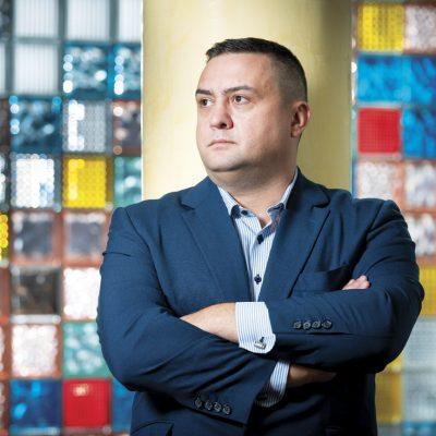 De la poker la bursă: Adrian Dragomir, cofondatorul agregatorului de informații despre firme Termene.ro, are în plan o listare peste doi ani