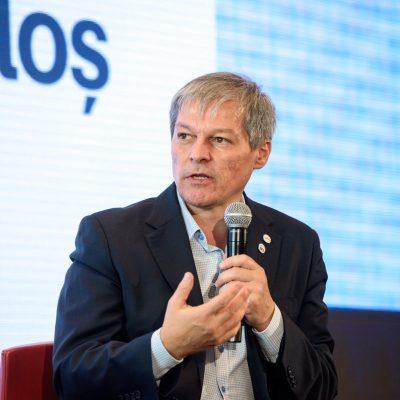 VIDEO. Miniștrii propuși de Dacian Cioloș, respinși în comisiile din Parlament. Mai are şanse la vot guvernul USR?