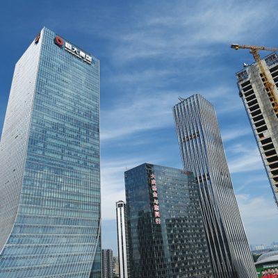 Cât de fragil s-a dovedit a fi modelul de creștere economică din China, bazat pe imobiliare