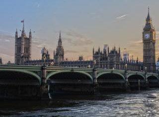 Regatul Unit, record al deceselor de la debutul epidemiei de Coronavirus