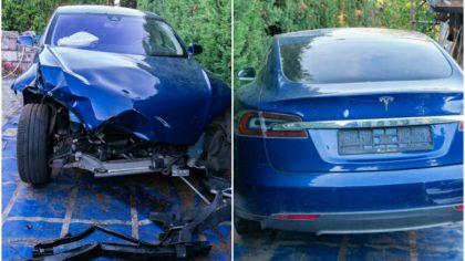 Cum arata si cat costa o Tesla Model S facuta praf, fara o parte din roti si cu airbagurile sarite. FOTO