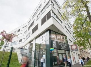 INTERVIU | Cum luptă împotriva COVID-19 spitalul vienez unde peste 1.000 de români s-au tratat în 2019